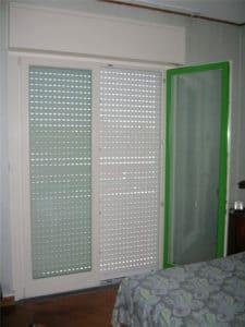 Porta-finestra in PVC colore a campione