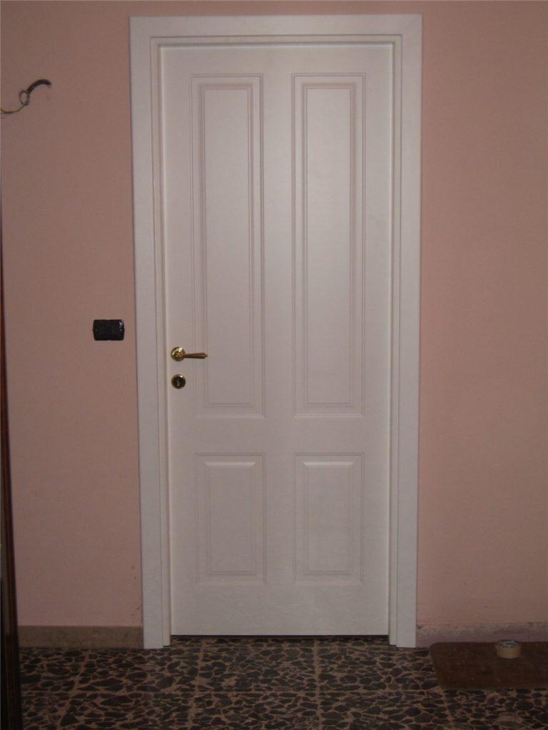 Emejing porta laccata bianca images - Porte e finestre pvc ...